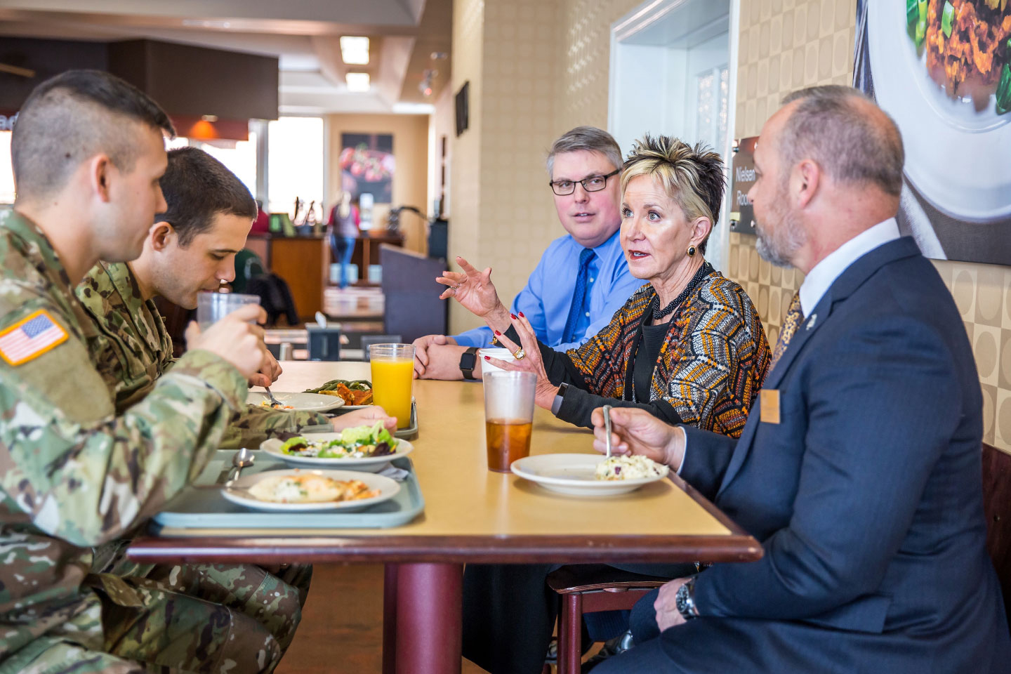 Missouri National Guard and Show-Me GOLD members dine in Tucker with President Jahnae Barnet and VP Scott Gallagher